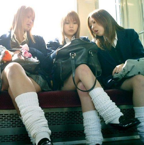 【三次】 電車通学JKの無防備な登校中画像いっぱい見ちゃう? 53枚 part.10 No.24