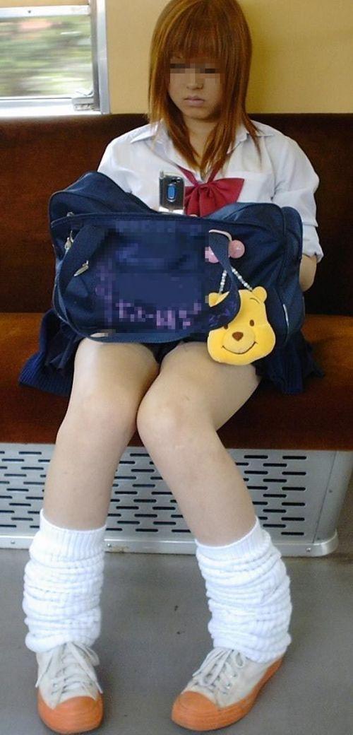 【三次】 電車通学JKの無防備な登校中画像いっぱい見ちゃう? 53枚 part.10 No.53