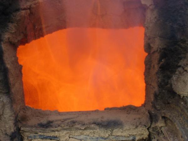 窯の中の火2