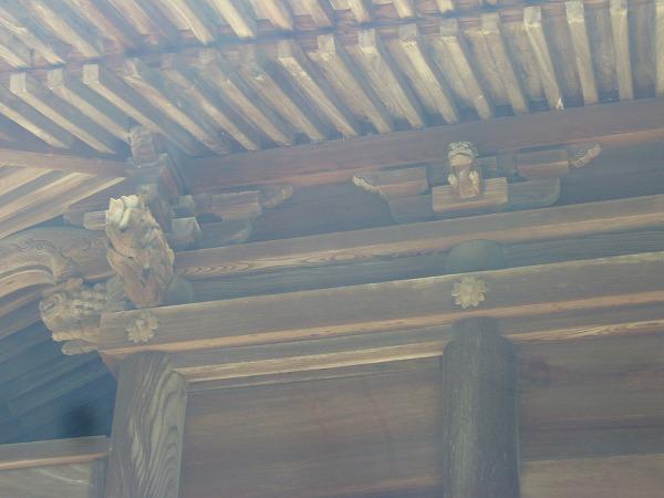 新田神社軒1