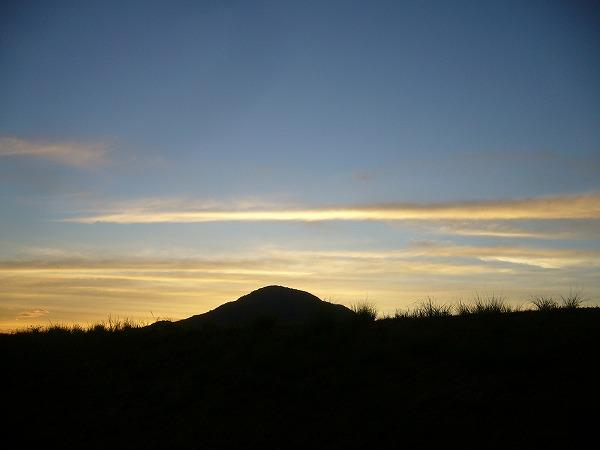 日の出前6
