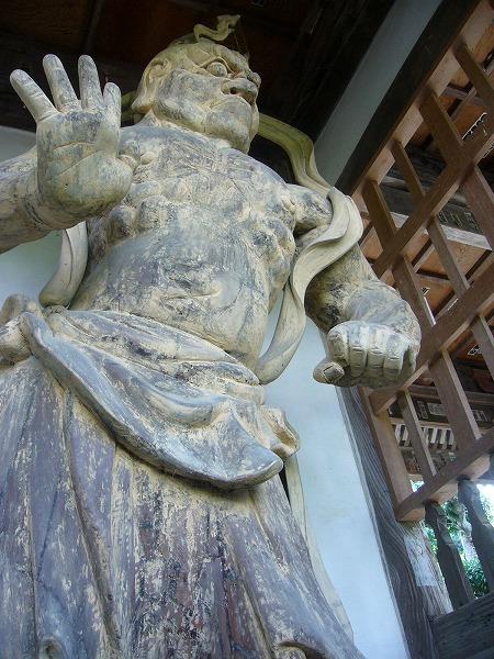 仁王さん向かって左(山本)