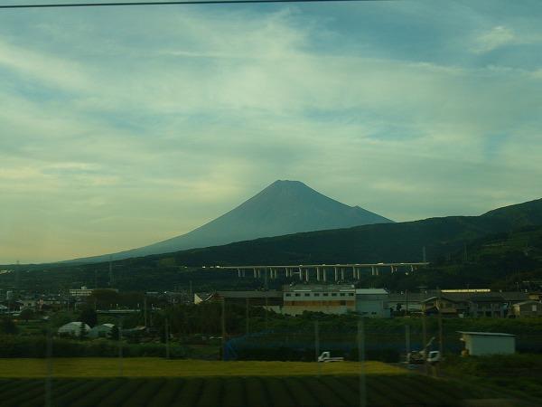 富士山遠く