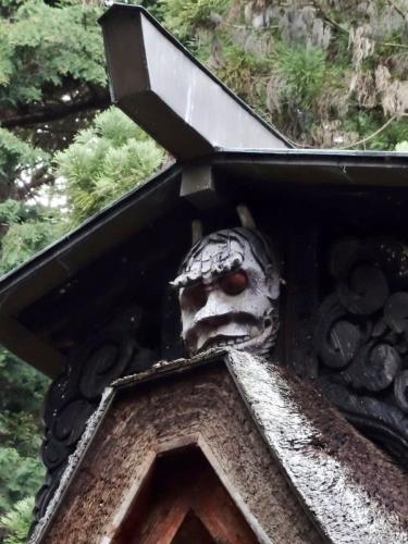 7本殿の鬼 (900x1200)