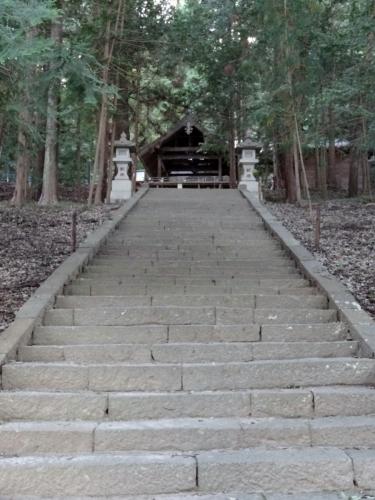 3武田八幡階段 (900x1200)