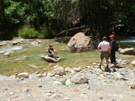 ザイオンで川遊び