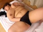 本日の人妻熟女動画 : 【素人】久しぶりに男が欲しい!オナニーしちゃう太っちょ母さん♪
