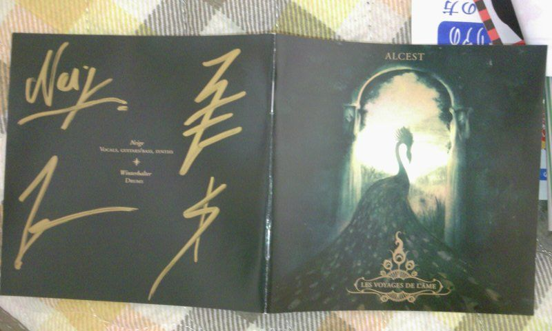 Alcest_sign