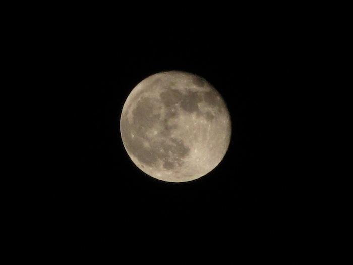 お月様ととうきょうスカイツリー