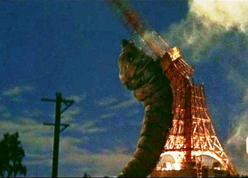 東京タワーとモスラ