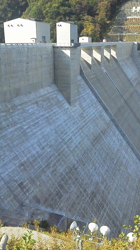 湯西川ダム4 (450x800)
