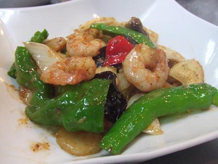 C:海老とジャガイモの黒胡椒炒め