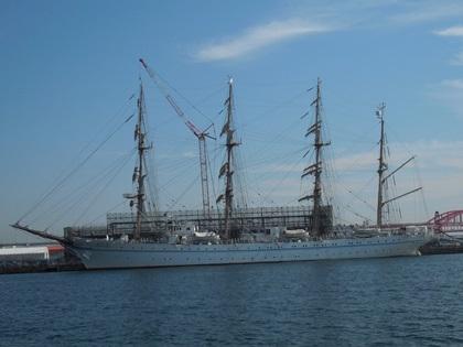 帆船海王丸左舷
