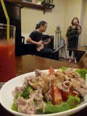 vo芳垣美紀さんg村山義光氏 マスターにリクエストしたヘルシー豚じゃぶサラダ