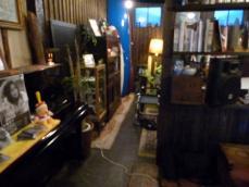 カラシヤクラシックの店内にあるサーショップ