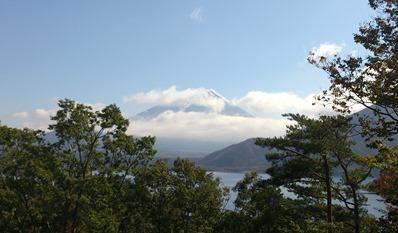 本栖湖の千円札富士