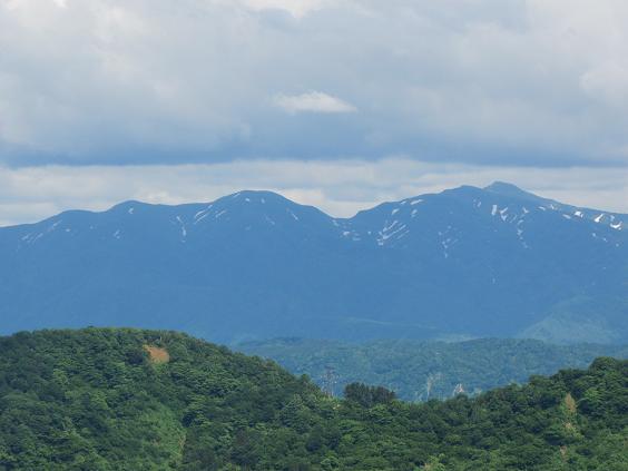 八方台からの守門岳