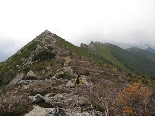 金峰山の下り