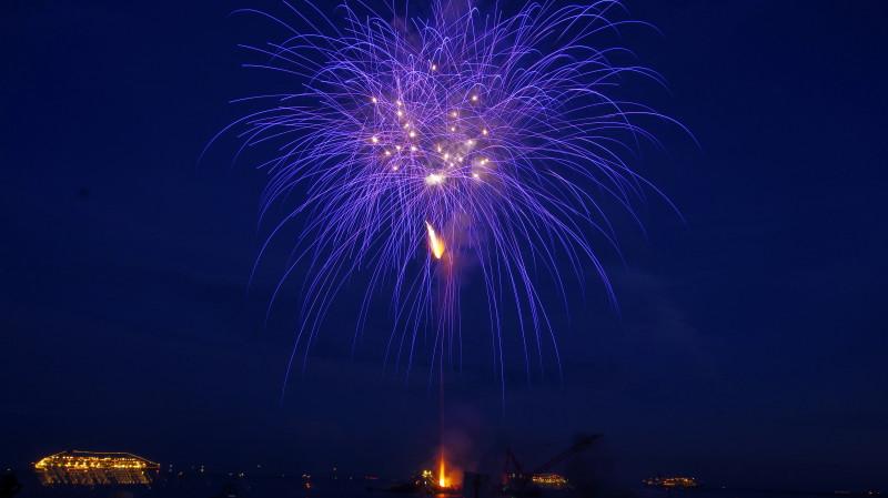 熊野 花火と豪華客船