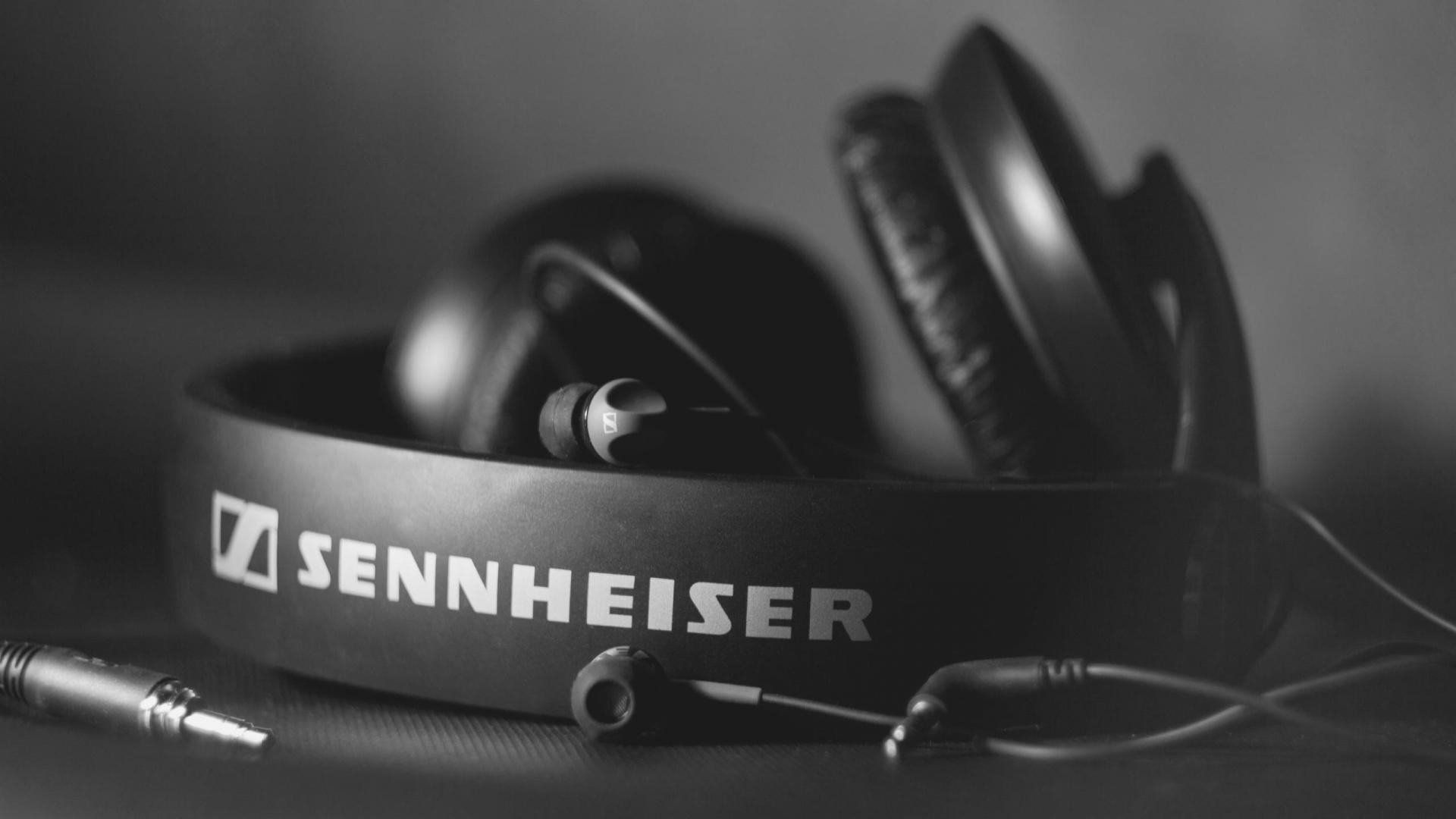 Sennheiser-Headphones-1080x1920.jpeg