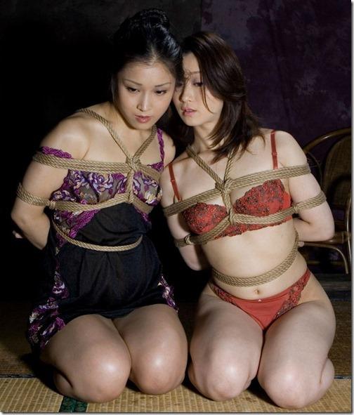 18【SM緊縛画像】夫に内緒の妻の秘めごと夜は貞淑な妻。昼は御主人様のM奴隷