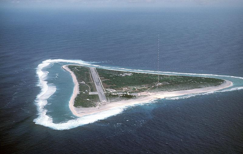 800px-Marcus_Island_DF-ST-87-08298.jpg