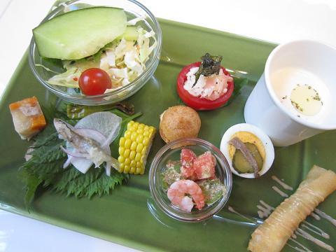 前菜、サラダ、スープ
