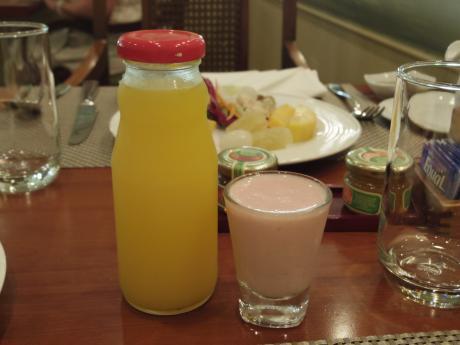 ホーチミンルネッサンスリゾートジュース