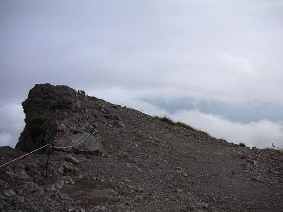 非対称山稜。。