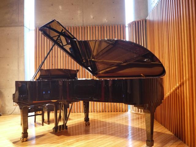 お友達のピアノの演奏会