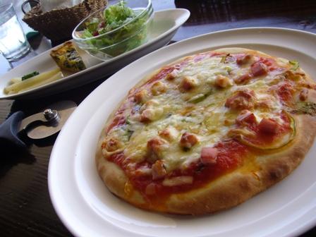 コッコロ 初ピザ3