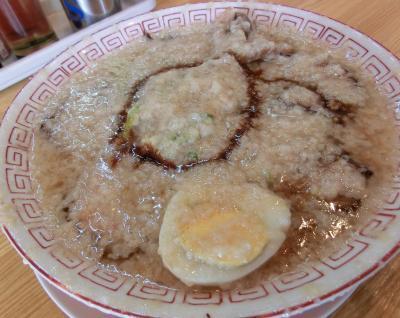 豚骨醤油チャーシューメン(麺硬め 脂多め)