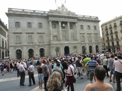 ④市庁舎前デモ[1]