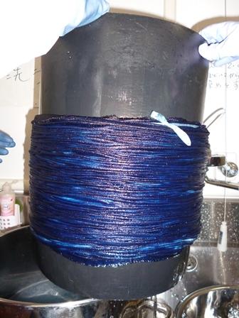 藍で染めました