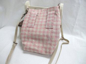 ピンク肩掛けポシェット2_1_1