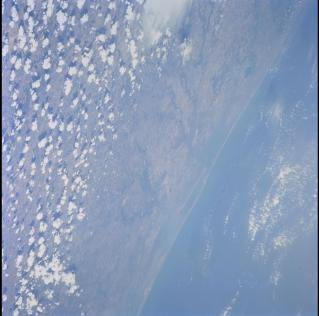 STS105-703-38_3.jpg