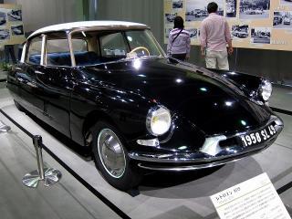 シトロエン DS19(1958・フランス)