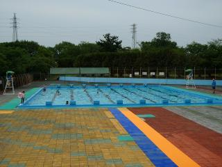 岡崎市民プール