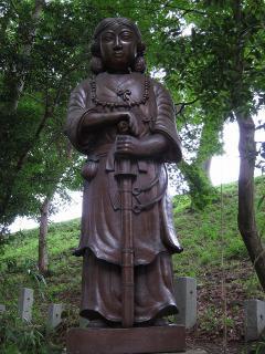 矢作神社 日本武尊陶像