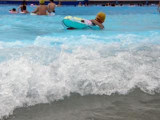 サンビーチ日光川プール