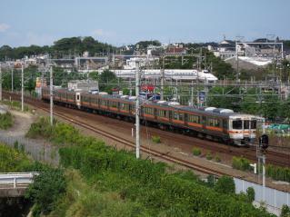 南大高駅から313系とN700系