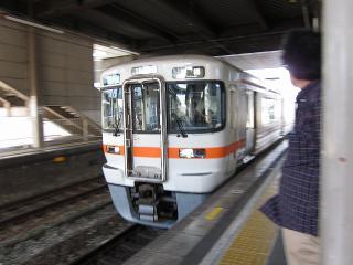 刈谷駅 313系 快速