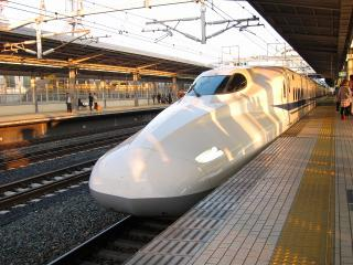 ひかり N700系新幹線