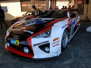 LFA ニュル24時間耐久レース(83号車)