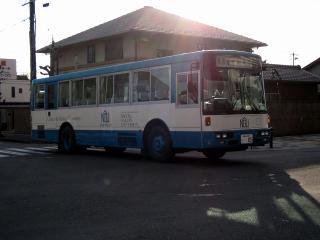 名古屋学院大学のバス