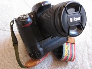 Nikon マルチパワーバッテリーパック MB-D10