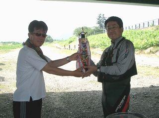 OFCCUP2010 優勝授与式32.jpg
