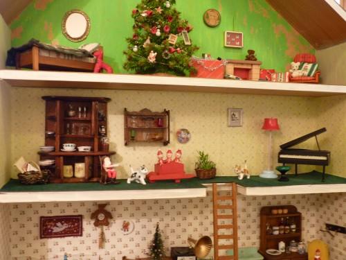 12クリスマスドールハウスその2