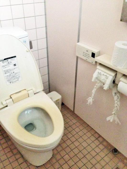 ウェンディーズ トイレの花子さん