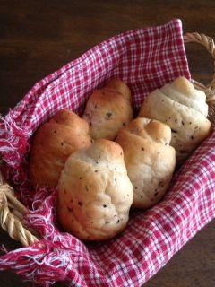 紅茶のロールパン